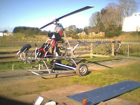 <h5>Cameron Carters DIY build your own helicopter</h5><p>Homebuilt helicopter mounted on wheels																	</p>