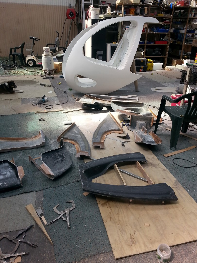 <h5>Helicopter body moulds taken from cabin plug</h5><p>Helicopter body moulds taken from cabin plug</p>
