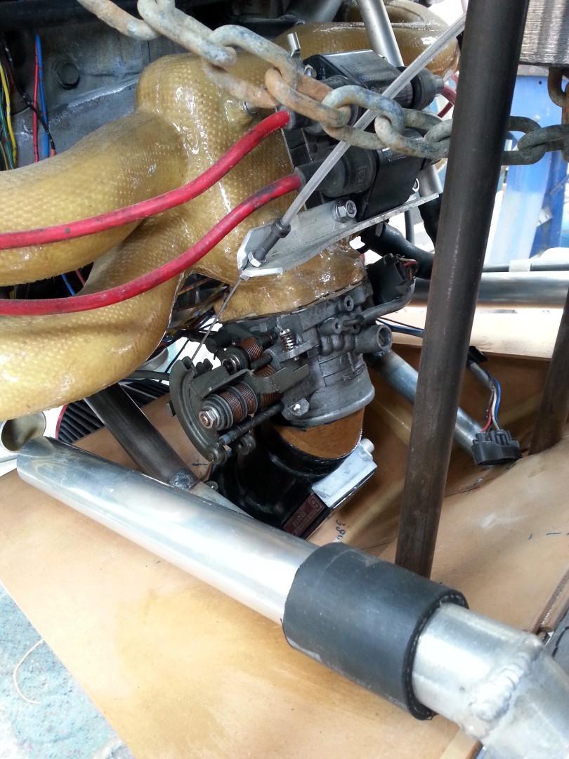 <h5>throttle body and intake manifold</h5><p>Subaru aircraft throttle body and intake manifold</p>
