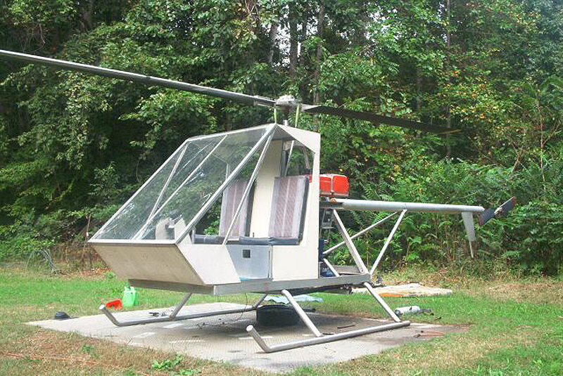 Dusty two seat homebuilt helicopter