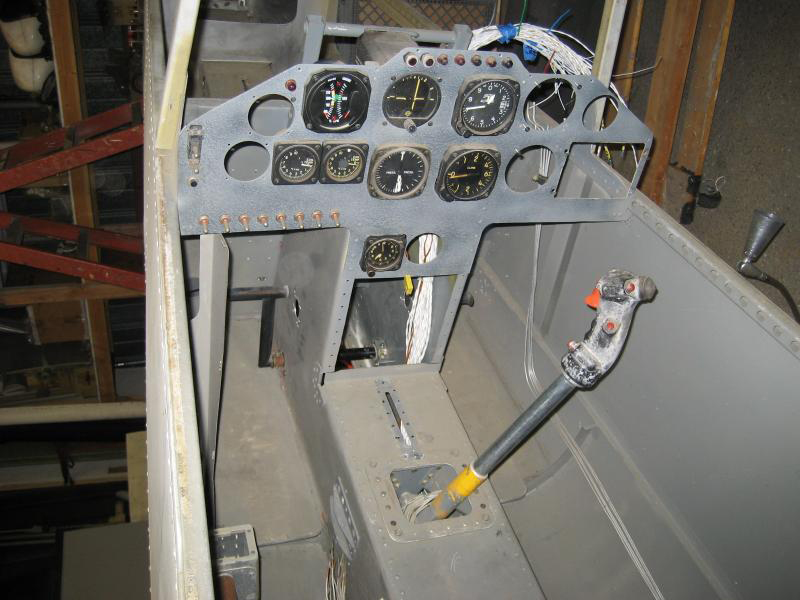 Tandemmouse helicopter cockpit controls