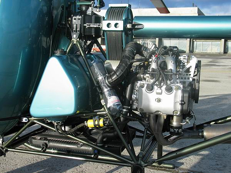Aerokopter helicopter engine bay