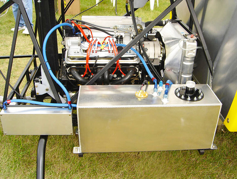 Chief Helicopter V8 auto engine