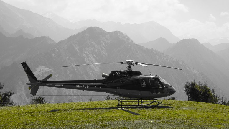 Hunting safari helicopter tours