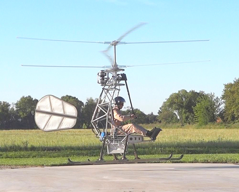 Single seat electric helicopter