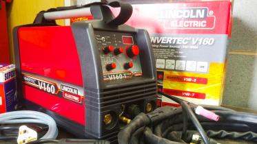 Lincoln Electric Invertec V160 Welder