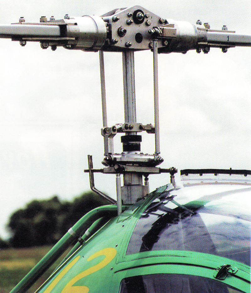 Dynali H2 helicopter main rotor system