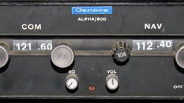Radios Genave Apha600 airband