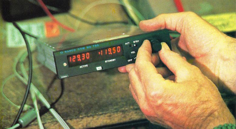 Narco com vhf radio
