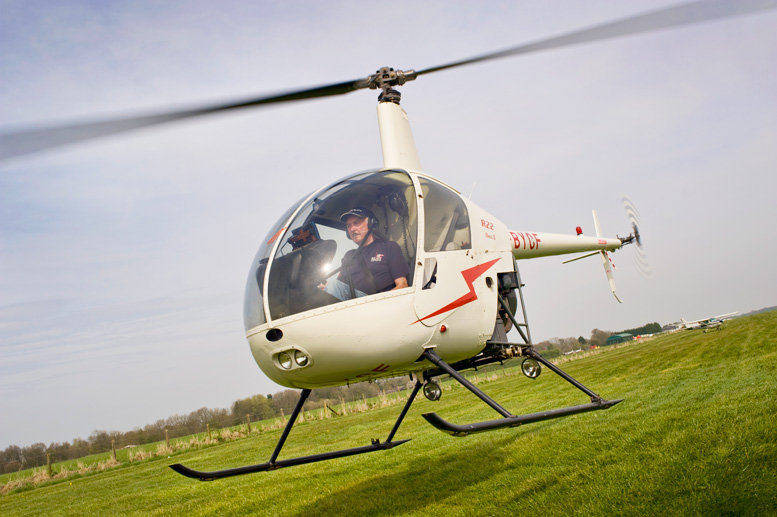 Robinson training helicopter R22