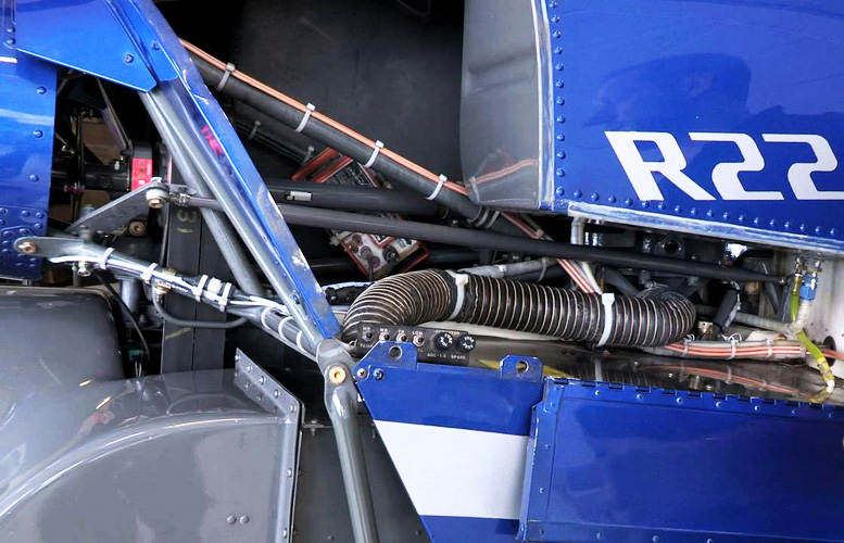 R22 helicopter trainer