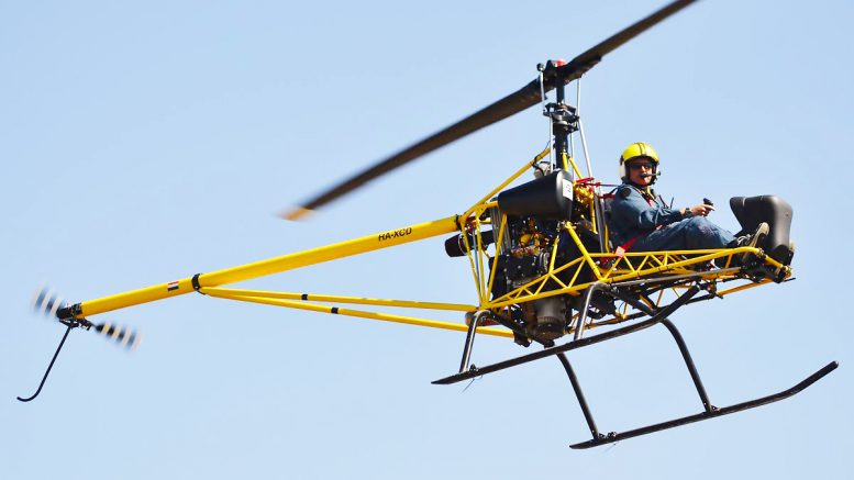 Smooth flying Hungaro Helicopter